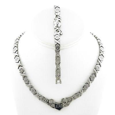 Hugs And Kisses Silver I Love You  Necklace   Bracelet Set 18  Xoxo