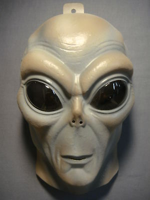 ALIEN MASK PVC MASK GLOWS IN THE DARK ADULT SIZE - Aliens Mask