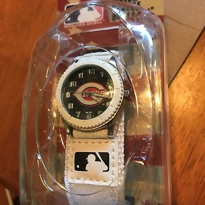 CINCINNATI REDS Game Time MLB Fan WATCH WHITE Series NEW