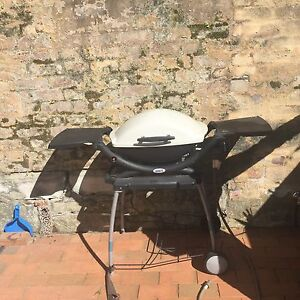 Weber Q 200 with stand Randwick Eastern Suburbs Preview