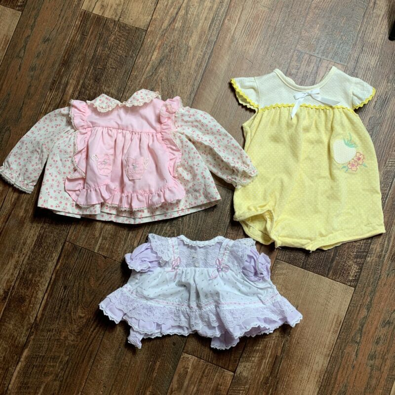 Lot Of 3 Vintage Baby Girl Clothes Dresses W/lace Accents Cradle Togs Health Tex