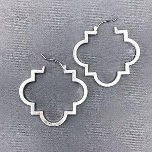 Fashionable Matte Silver Quatrefoil Clover  Design Drop Dangle Earrings