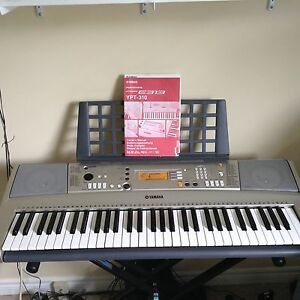 Yamaha PSR-E313  keyboard, carry case, stand & sustain pedal