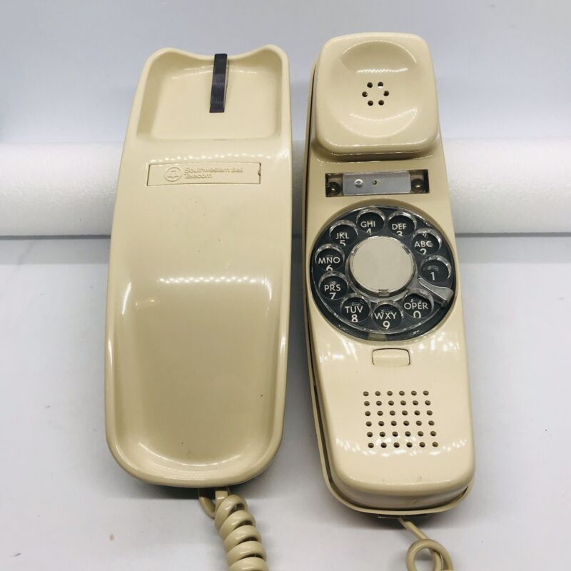 Vintage Southwestern Bell Telecom TRIMLINE Telephone ROTARY DIAL-IN-HAND Beige