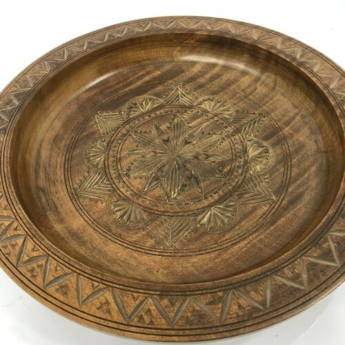"""Vintage Carved Wood Turned Bowl Star Pattern Shallow 12"""" Hand Made"""