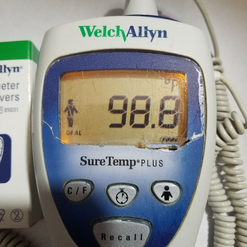 WELCH ALLYN 692 see crack on screen. Good working condition