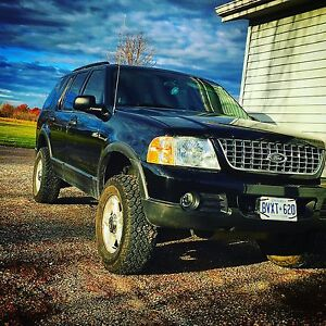 2003 Ford Explorer limited ALBERTA VEHICLE