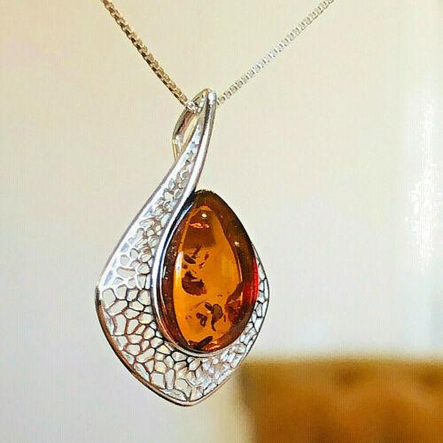 Genuine Russian Baltic Amber Pendant Necklace Vintage Egg Yolk Butterscotch