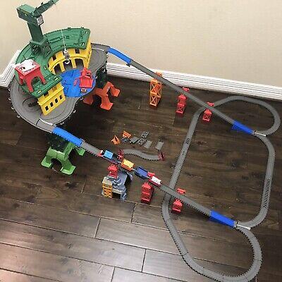 Thomas & Friends Super Station Trackmaster Railway Set Train Engine w Cargo Cars