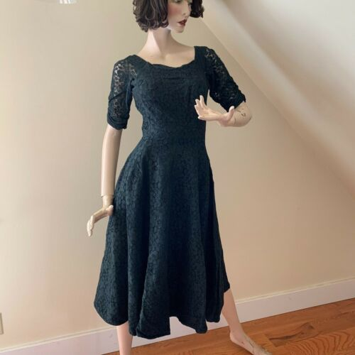 Vintage 1950s Black Lace Party Full Skirt Metal Zipper Dress ~ Small ~ Lovely!