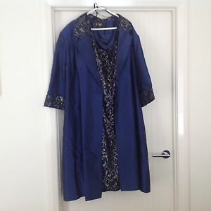 Plus size sequin lace dress with jacket Mittagong Bowral Area Preview