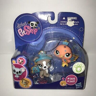 NEW Littlest Pet Shop #1462 & 1463 Peacock & Puppy Dog in costume 2009 LPS