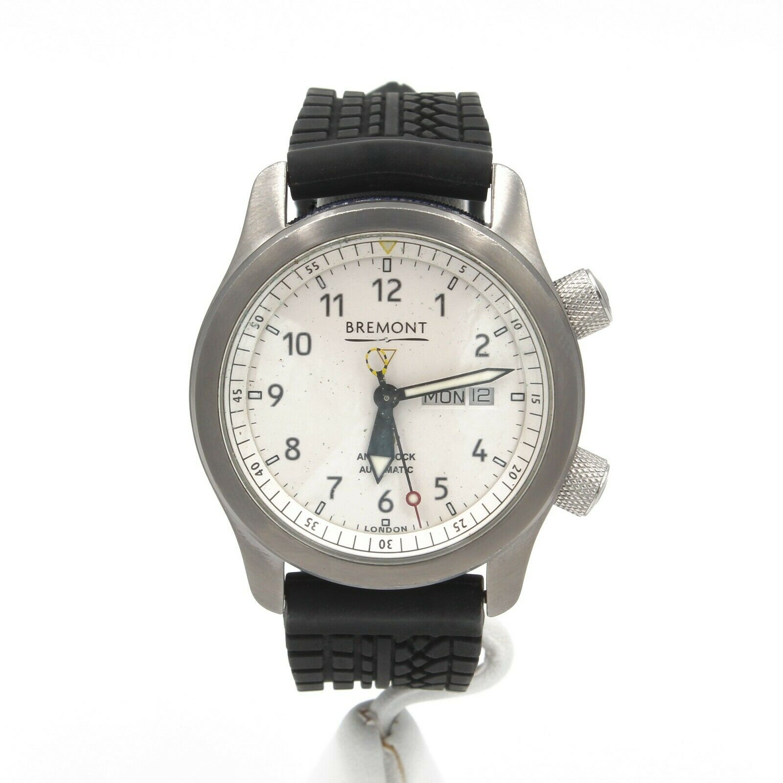 BREMONT CHRONOMETER MBII WHITE DIAL RUBBER STRAP W/BOX PAPERS AS IS NR #8239 - watch picture 1