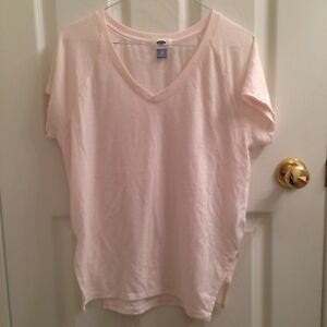 OLD NAVY Light Pastel Pink Plain T-shirt/tee/top/shirt/clothing