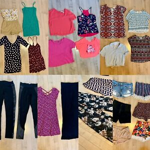 Women's size small spring/summer clothing lot