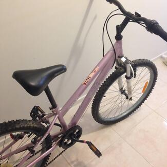 Repco Crsip Pink Girls Mountain Bike - Good Condition Bonner Gungahlin Area Preview