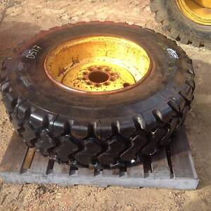 15.5R25 Tyre + Rim - New Kenwick Gosnells Area Preview