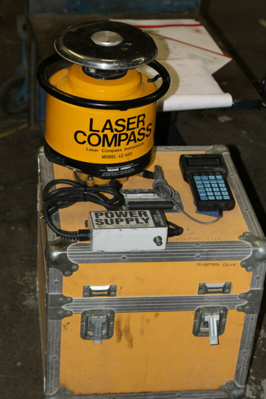 LASER COMPASS LASER LEVEL MODEL LC-400 WITH CASE