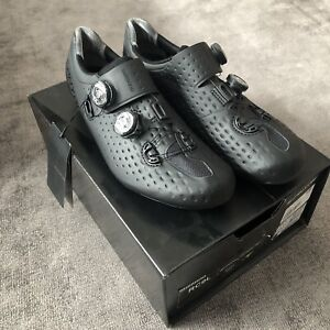 Soulier Shimano  S-Phyre 44.5 neuf