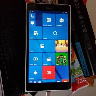 Nokia Lumia 1520 32G unlocked faulty for parts