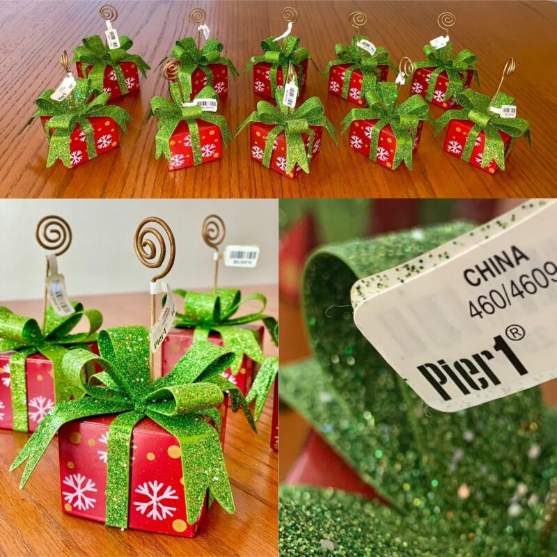 Set Of 10 PIER 1 Christmas Present Holiday Name Place Card Holders NWT RARE