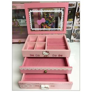HELLO KITTY JEWELRY BOX AND DISPLAY CASE