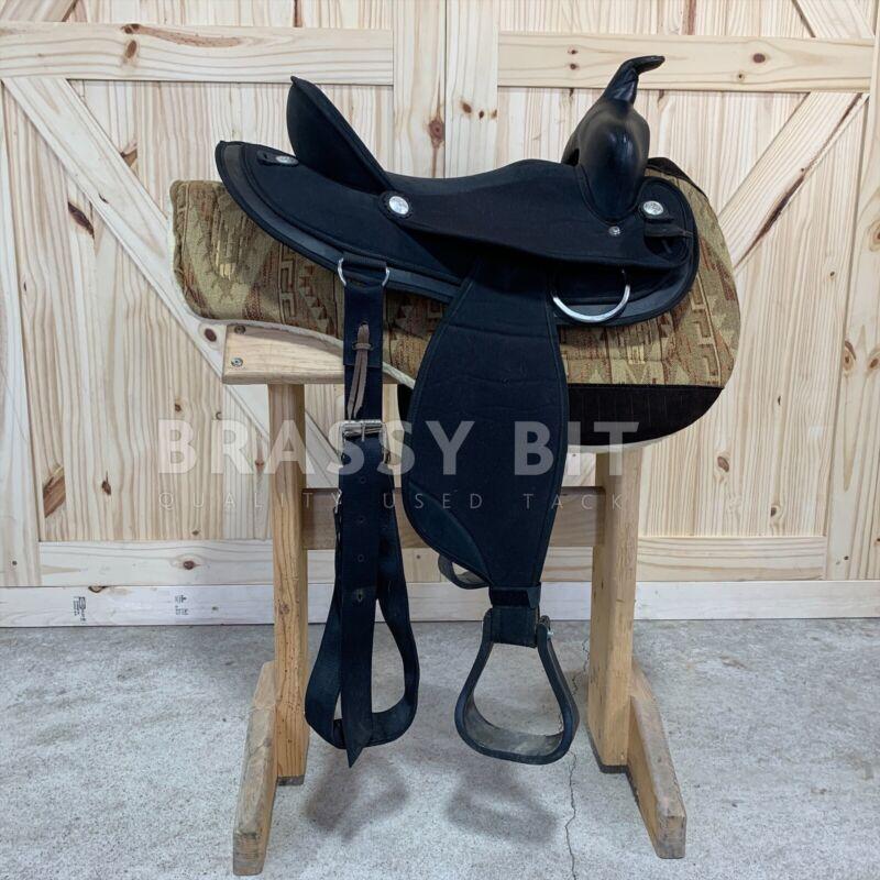 "15"" Abetta Original Synthetic Western Saddle"