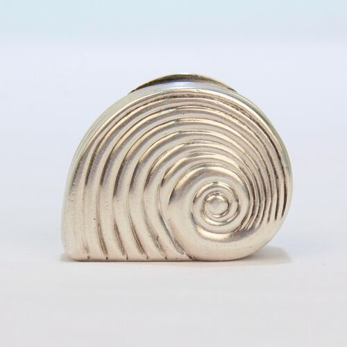 Rare Matthew Linwood Georgian English Sterling Silver Snail Form Vinaigrette Box
