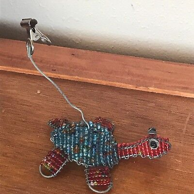 Estate Small Red & Blue Beaded Wire Turtle Recipe Note Holder – 3.5 x 3 inches –