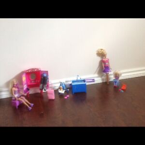BARBIES AND FURNITURE