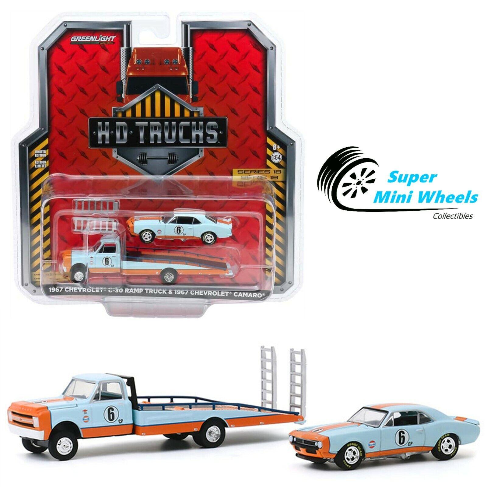 Greenlight 1:64 1967 Chevrolet C-30 Ramp Truck Gulf & 1967 C