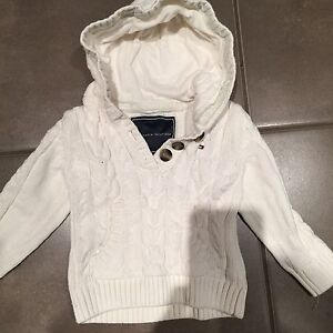 Tommy Hilfiger Sweater 3T London Ontario image 1