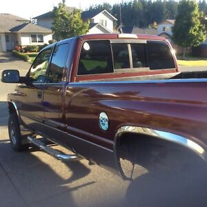 2002  Dodge Ram 4X4 Laramie Turbo Diesel