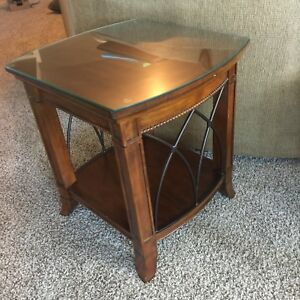 Sold wood coffee table & 2 ends tables with glass tops to fit