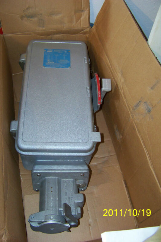 new cooper crouse hinds wsr6351 pin & sleeve recp with disconnect switch
