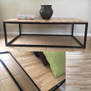 Coffee Table/Bench Seat -  SOLD PENDING PICKUP Penrith Penrith Area Preview