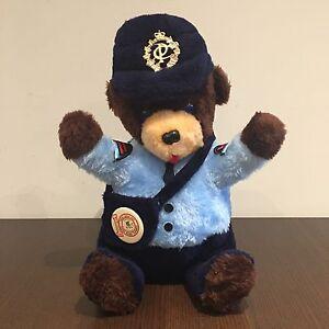 1986 Canada Post Teddy Bear - 10th Anniversary