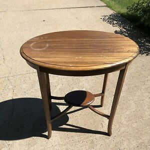 Oval Walnut lamp or end table