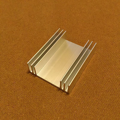 3 Inch Heat Sink Aluminum 3.0 X 2.425 X 0.813 Inches. Low Thermal Resistance.