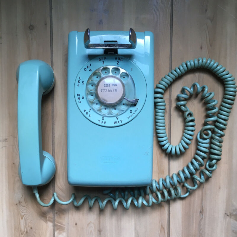 Vintage Teal Turquoise Rotary Dial Wall Phone Telephone Western Electric READ