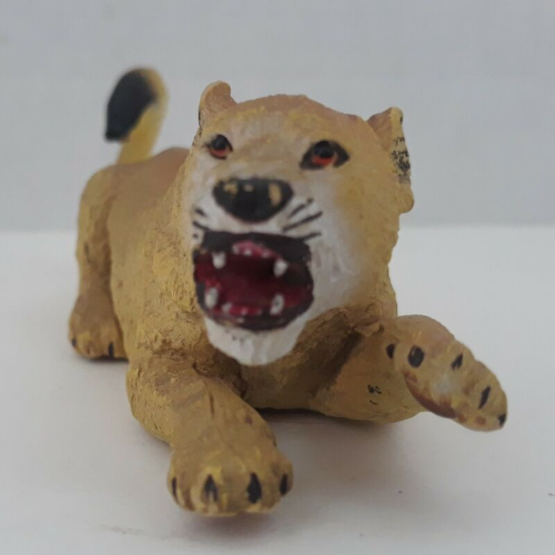 "AAA Very Angry Female Lion Lioness Plastic Action Figure 5"" Long"