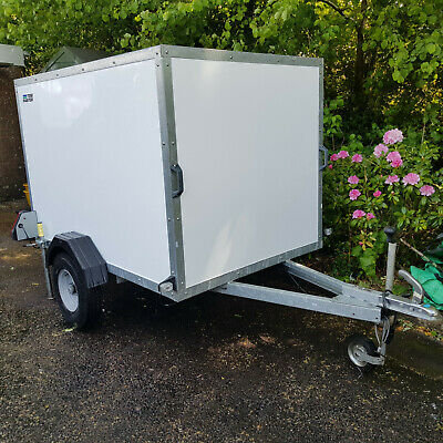 Tow Master 6x4x4 Trailer inc props and jockey wheel