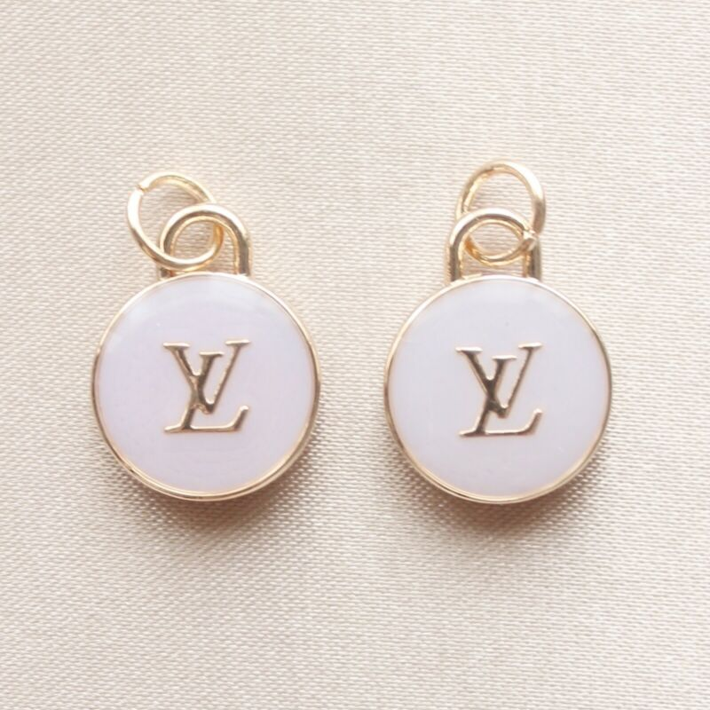 Set of 2 Louis Vuitton LV Zipper Pulls, 15mm, Lilac, Gold, Double Sided, Round