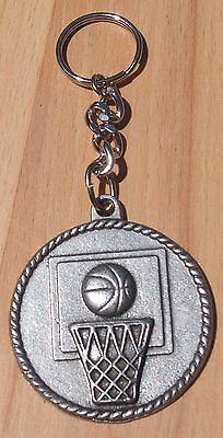 N.B.A. SPORTS JEWELRY 1 BASKETBALL MEDALION PEWTER KEYCHAIN ALL NEW.