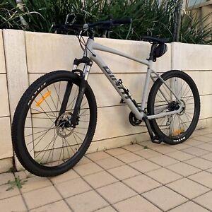 """2021 29"""" Giant Talon Mountain Bike Acc"""