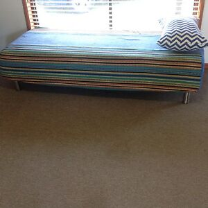 Day bed sofa seat Cleveland Redland Area Preview