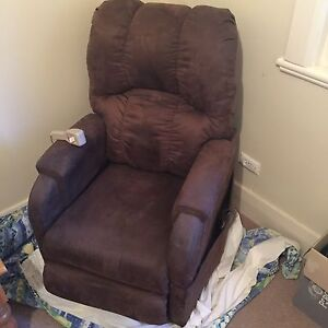Pride electric recliner lift chair Hazelwood Park Burnside Area Preview