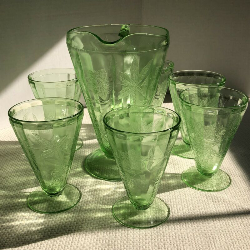 Jeanettte Poinsettia Pitcher + 6 Green Vaseline Depression Glass Footed Tumblers
