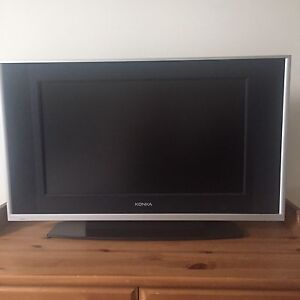 TV in excellent condition!
