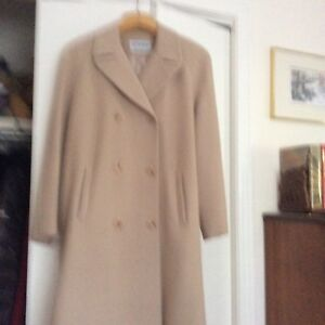 HOLT RENFREW LADY 'S  COAT